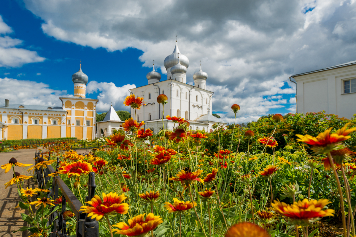 Паломническая поездка в Варлаамо-Хутынский монастырь из СПб